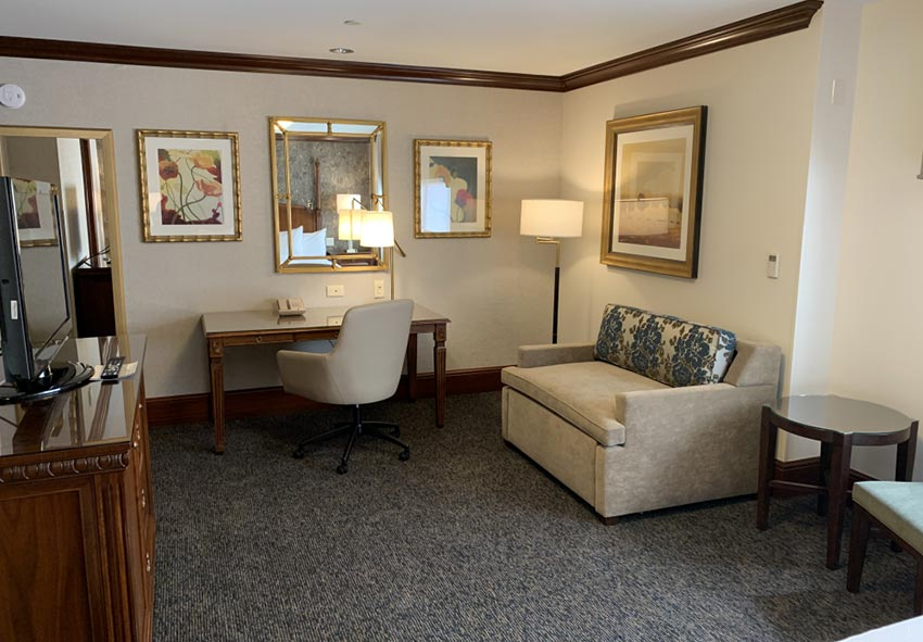 The Towers at the Kahler Grand Executive Studio King Room